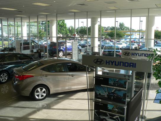 west broad hyundai richmond va 23294 3704 car dealership and auto financing autotrader. Black Bedroom Furniture Sets. Home Design Ideas