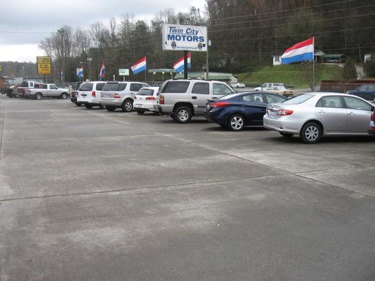 Twin city motors ga ellijay ga 30540 3705 car for Motor city car dealership