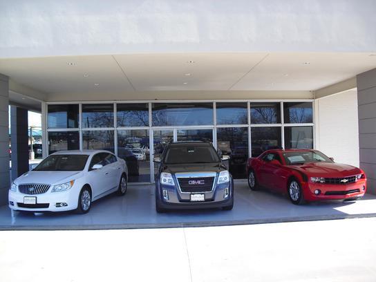 cole mcnatt chevrolet buick gmc car dealership in gainesville tx 76240 kelley blue book. Black Bedroom Furniture Sets. Home Design Ideas