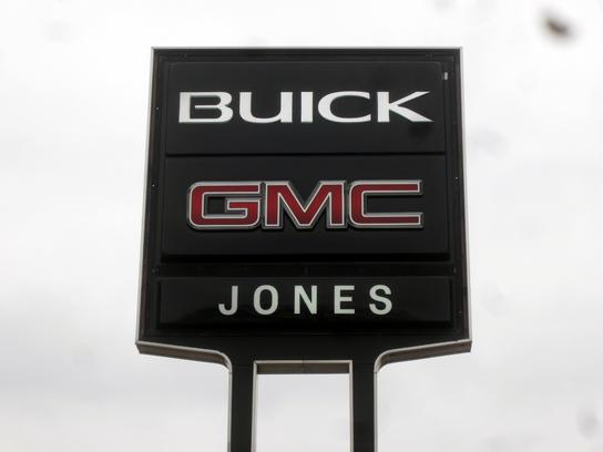 Jones Buick Gmc Car Dealership In Savannah Tn 38372