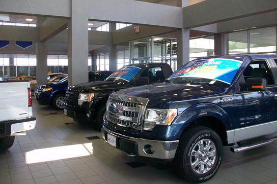 mike bass ford sheffield village oh 44035 0844 car dealership and auto financing autotrader. Black Bedroom Furniture Sets. Home Design Ideas