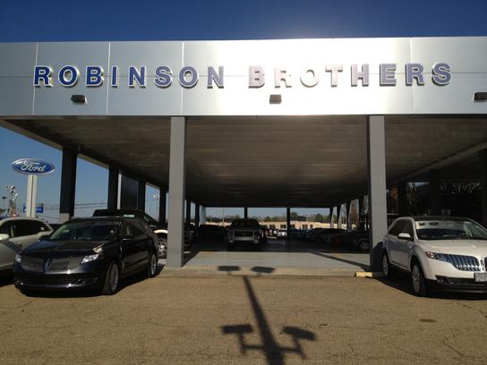 robinson brothers ford lincoln baton rouge la 70816 car dealership and auto financing. Black Bedroom Furniture Sets. Home Design Ideas