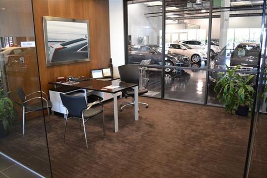 Massey Cadillac South : Orlando, FL 32809 Car Dealership