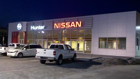 hunter nissan hendersonville nc 28792 car dealership and auto financing autotrader. Black Bedroom Furniture Sets. Home Design Ideas