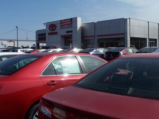 Crown Automotive Car Dealership In Decatur Il 62526