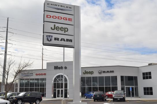 metro chrysler dodge jeep ram chicopee ma 01020 5053 car dealership and auto financing. Black Bedroom Furniture Sets. Home Design Ideas