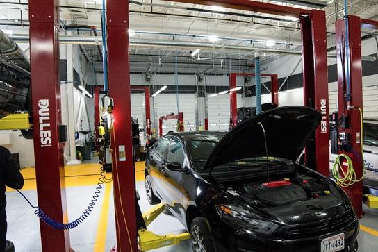 New used cars parts service in leesburg va dulles jeep for Kia dulles motor cars