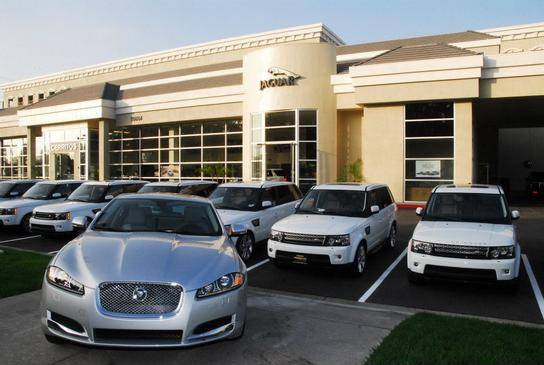 Penske Jaguar Land Rover Cerritos car dealership in ...