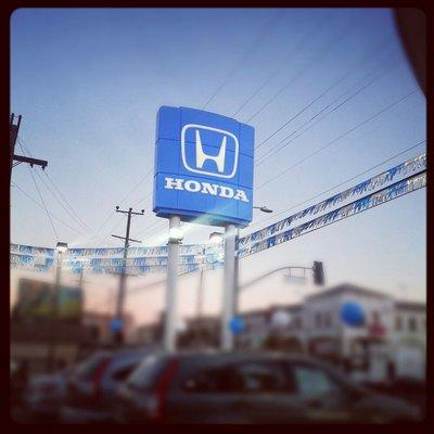 Honda of hollywood hollywood ca 90038 1407 car for Honda dealer santa monica