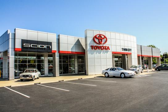 Twin City Toyota Herculaneum Mo 63048 1574 Car Dealership And