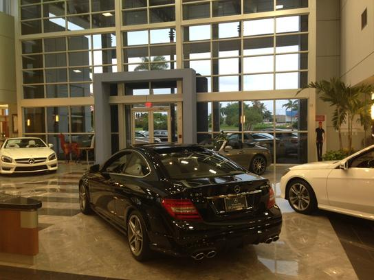 mercedes benz of fort lauderdale car dealership in fort