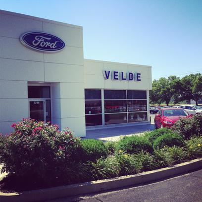 Velde Ford  Pekin IL 61554 Car Dealership and Auto Financing - Autotrader & Velde Ford : Pekin IL 61554 Car Dealership and Auto Financing ... markmcfarlin.com