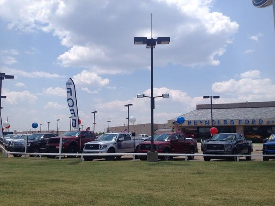 Reynolds Ford OKC - located on NW Expressway 1