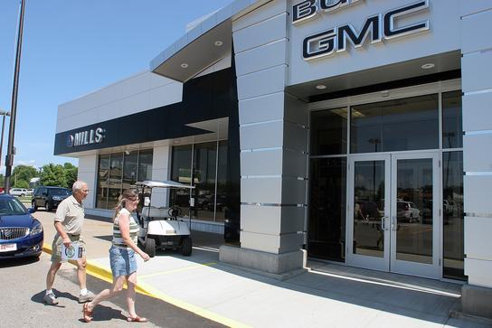 mills gm baxter mn 56425 car dealership and auto