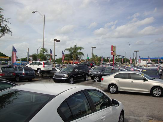 Car Dealers On  Ave Miami