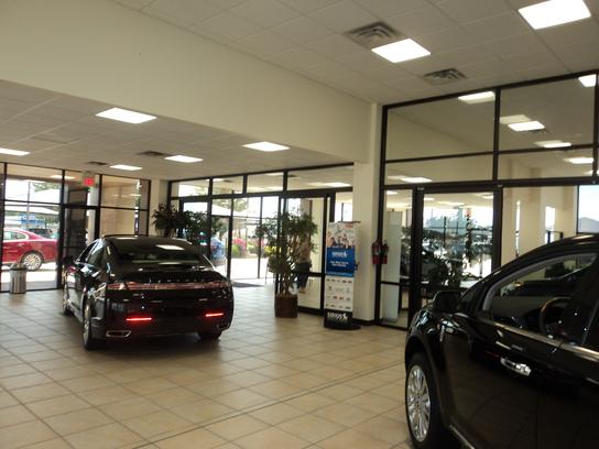 Lawrence Hall Lincoln Mazda : ABILENE, TX 79605-4606 Car ...