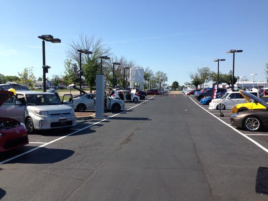 Autonation Toyota Libertyville Car Dealership In