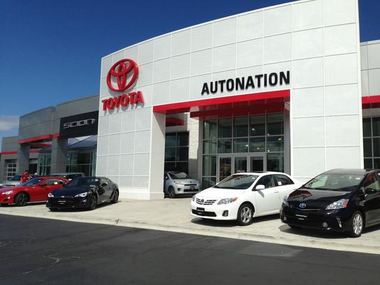 AutoNation Toyota Scion Libertyville 1