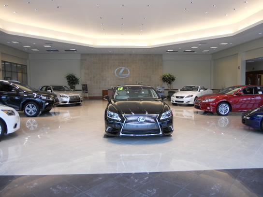 Flow lexus of winston salem car dealership in winston for Flow motors winston salem