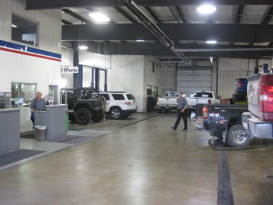 pella pella ia 50219 car dealership and