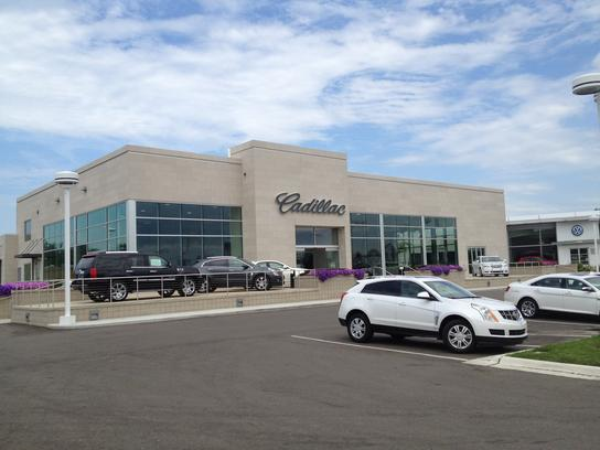Suburban Cadillac Buick Troy Mi 48084 Car Dealership