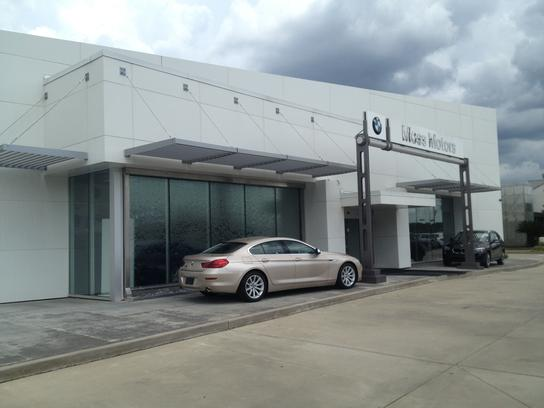 moss bmw car dealership in lafayette la 70501 kelley blue book. Black Bedroom Furniture Sets. Home Design Ideas