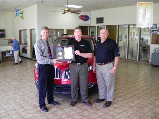 Burtis Motors Company Garden City Ks 67846 Car