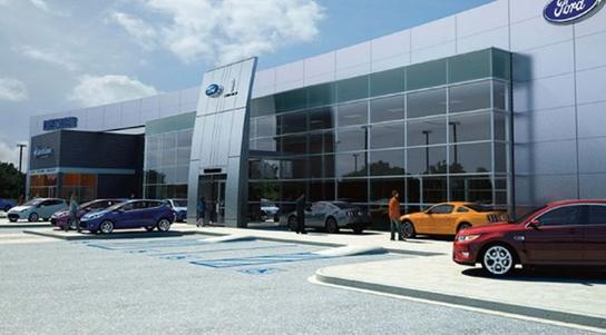 Shakers Family Ford Lincoln Watertown CT Car Dealership - Ford dealers in ct