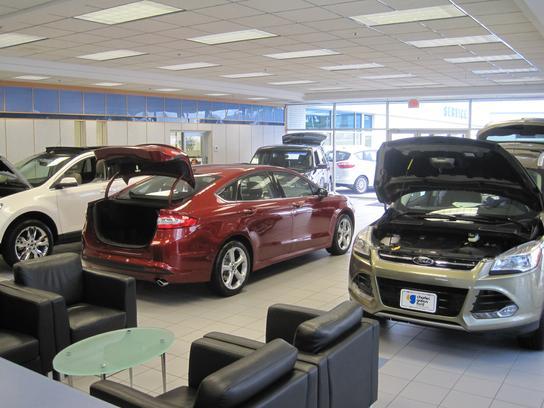 charles gabus ford des moines ia 50310 car dealership and auto financing autotrader. Black Bedroom Furniture Sets. Home Design Ideas