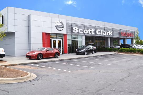 scott clark nissan car dealership in charlotte nc 28273 6940 kelley blue book. Black Bedroom Furniture Sets. Home Design Ideas