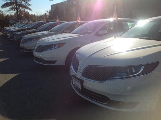 Oxmoor Ford Lincoln : Louisville, KY 40222 Car Dealership ...