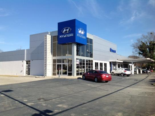 oxmoor hyundai louisville ky 40222 car dealership and auto financing autotrader. Black Bedroom Furniture Sets. Home Design Ideas