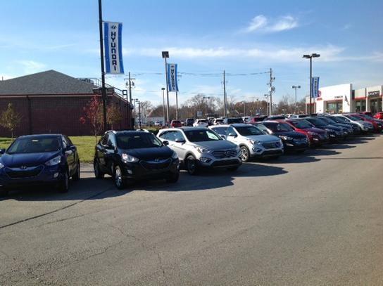 oxmoor hyundai in louisville ky new and used cars. Black Bedroom Furniture Sets. Home Design Ideas