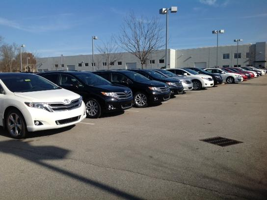 Oxmoor Toyota Service >> Oxmoor Toyota : Louisville, KY 40222 Car Dealership, and Auto Financing - Autotrader