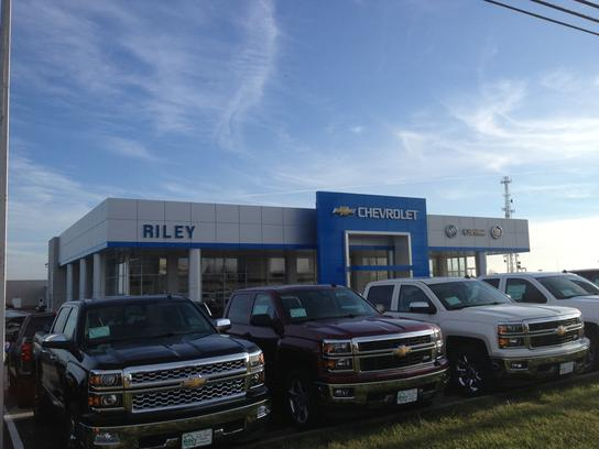 riley chevrolet buick gmc cadillac jefferson city mo 65101 2169 car dealership and auto. Black Bedroom Furniture Sets. Home Design Ideas