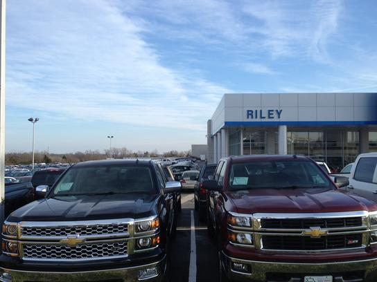 Car Dealerships In Jefferson City Mo >> Riley Chevrolet Buick GMC Cadillac : Jefferson City, MO 65101-2169 Car Dealership, and Auto ...