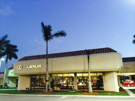 lexus of pembroke pines pembroke pines fl 33027 1110 car dealership and auto financing. Black Bedroom Furniture Sets. Home Design Ideas