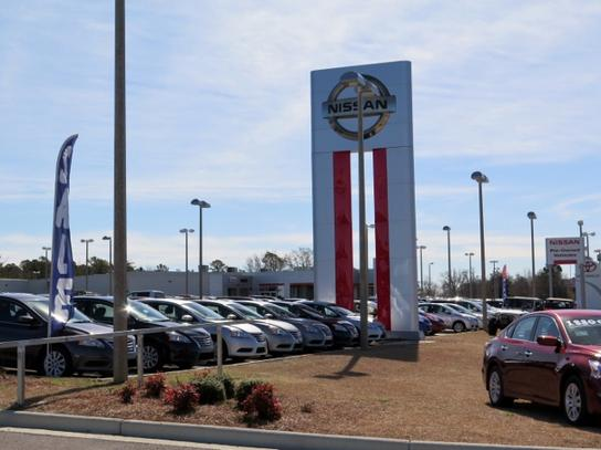 Car Dealers Birmingham >> McKinnon Nissan : CLANTON, AL 35046 Car Dealership, and Auto Financing - Autotrader