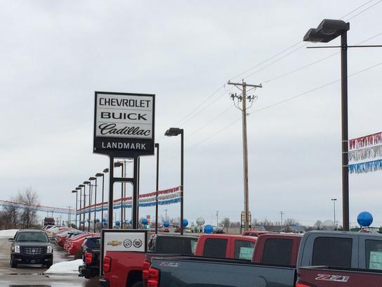 Car Detailing Springfield Il >> Landmark Chevrolet Buick Cadillac : Taylorville, IL 62568 ...