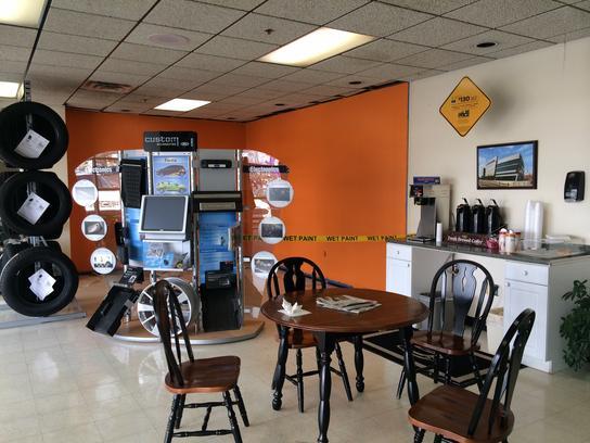 Car Dealerships In Henderson Ky >> Dempewolf Ford : Henderson, KY 42420 Car Dealership, and ...