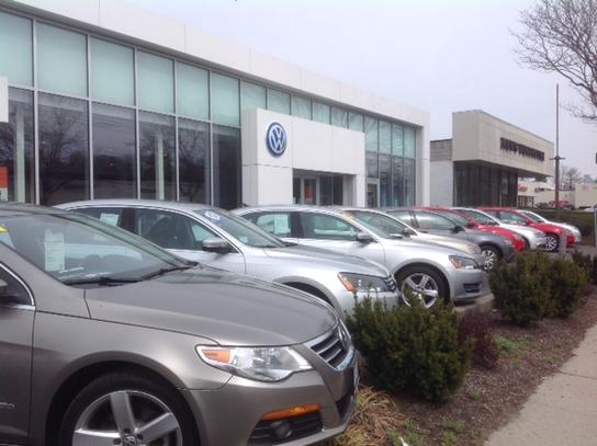 Lash Volkswagen of White Plains : White Plains, NY 10607 Car Dealership, and Auto Financing ...