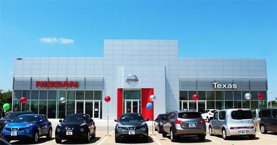 Texas Nissan of Grapevine