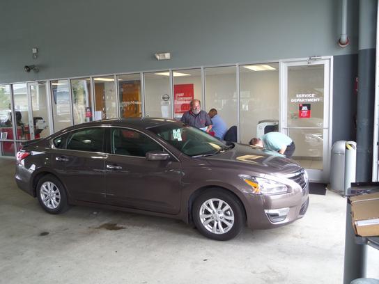 Ray Brandt Nissan : Harvey, LA 70058 Car Dealership, and ...