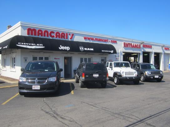 Mancari's Chrysler Dodge Jeep RAM of Oak Lawn 2