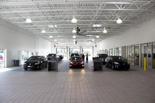 Toyota Phillips Highway >> Coggin Toyota at the Avenues : Jacksonville, FL 32256 Car Dealership, and Auto Financing ...
