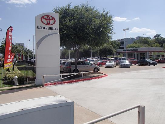 autonation toyota south austin austin tx 78745 car dealership and auto financing autotrader. Black Bedroom Furniture Sets. Home Design Ideas