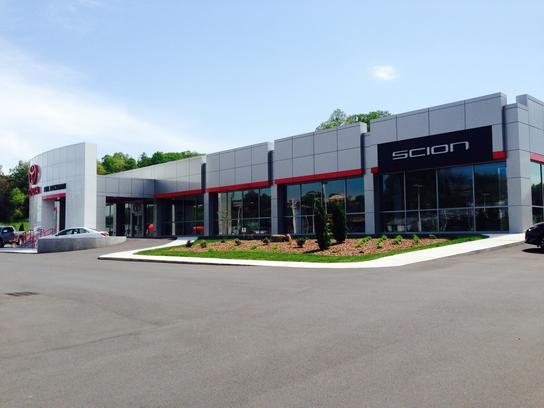 johnson city toyota johnson city tn 37601 1516 car dealership and auto financing autotrader. Black Bedroom Furniture Sets. Home Design Ideas