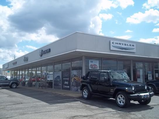 spitzer chrysler dodge jeep ram cleveland car dealership in cleveland oh 44142 kelley blue book. Black Bedroom Furniture Sets. Home Design Ideas