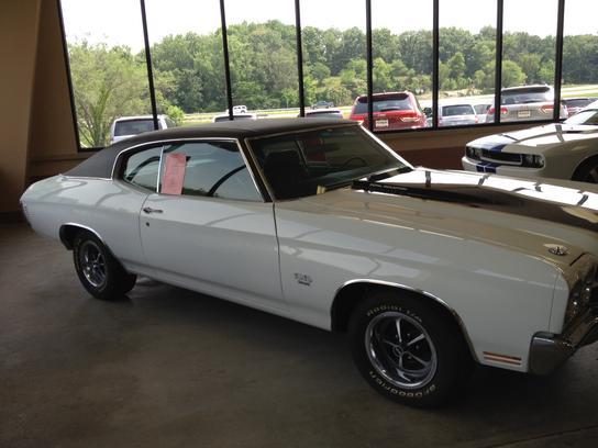 Poage Auto Center : Hannibal, MO 63401 Car Dealership, and ...