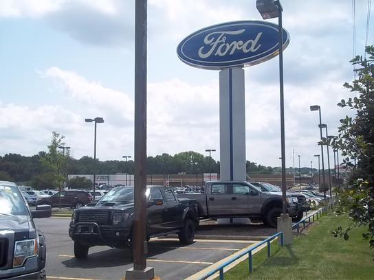 AutoNation Ford North Canton 2